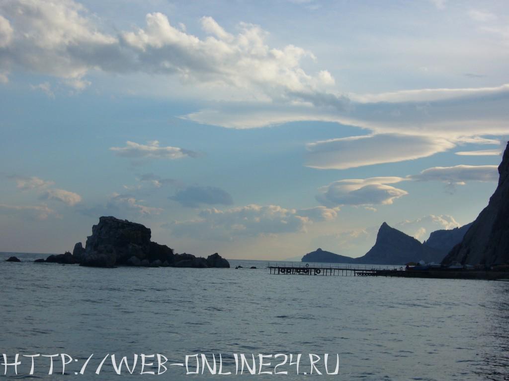 Крабий остров у подножия Крепостной горы