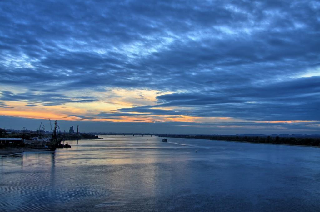Закат на реке Кама