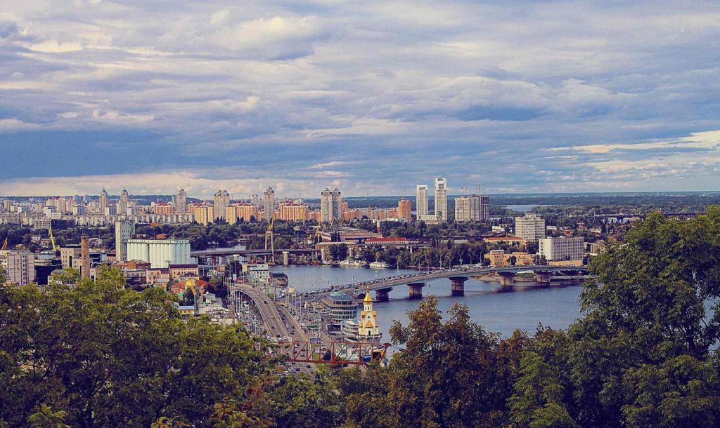Панорама Киева и реки Днепр, Украина