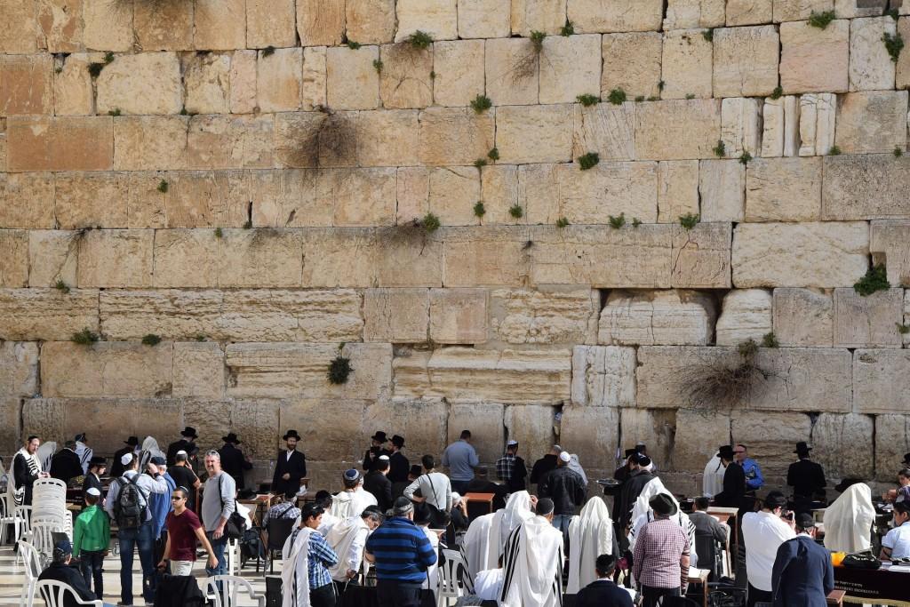 Западная Стена или Стена Плача в Иерусалиме