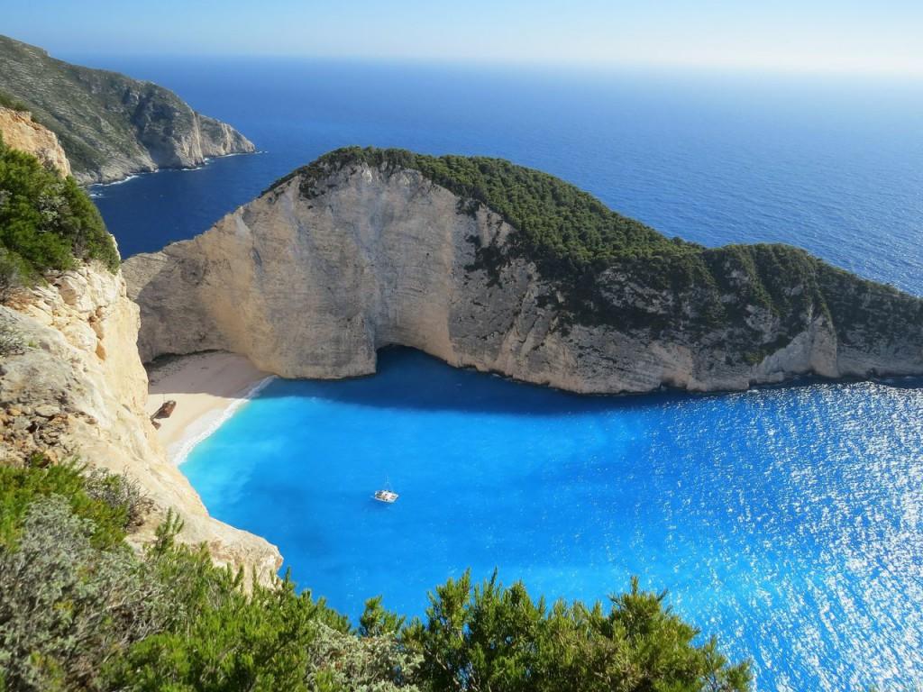 Бухта Навайо на острове Закинф в Греции
