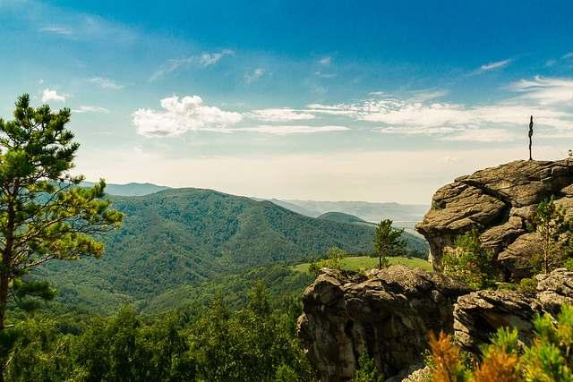 Красивый горный пейзаж в Белокурихе
