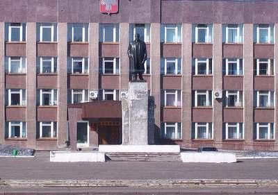 Памятник В.И. Ленину в городе Инта