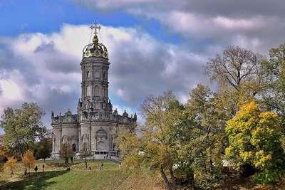 Храм Знамения Богородицы в Подольске. Усадьба Дубровицы.