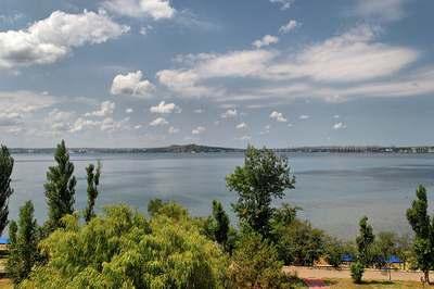 Панорамный вид на Керченскую бухту