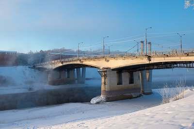 Мост через реку Днепр в Смоленске